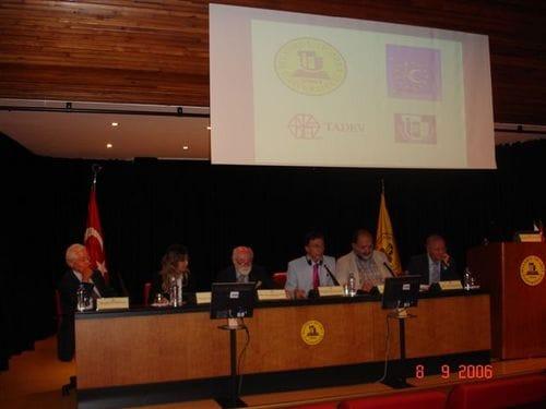 Gastredner bei dem Syposium über den Beitritt der Türkei in die EU, in Istanbul